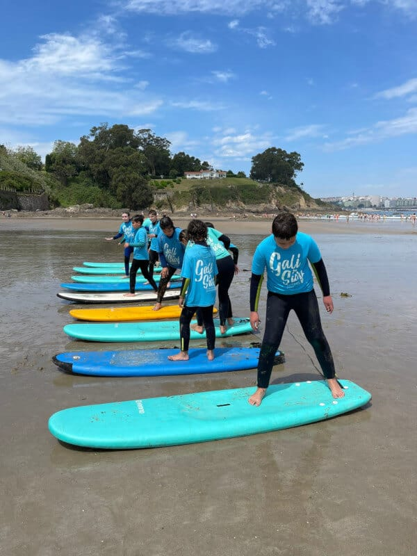 Escuela de surf en Bastiagueiro